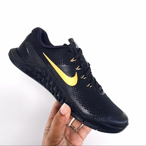 ae57371ae0 Nike iD Metcon 4 XD Black and Gold Women 7.5 NWT